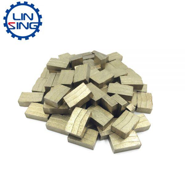 Diamond segments for quarrying