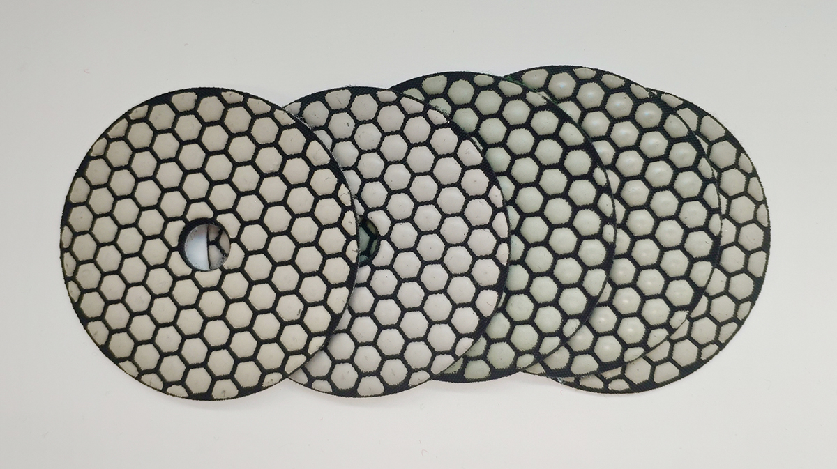 Dry polishing pads